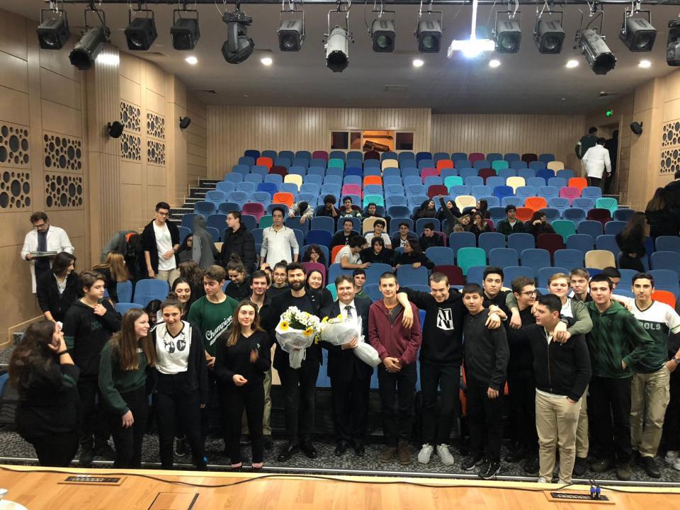 t-MBA Öğrencileri ve Konferans