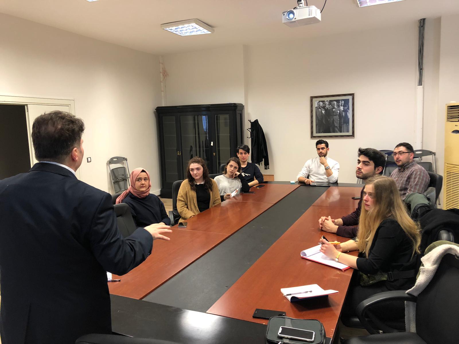 İstanbul Üniversitesi Hukuk Öğrencileri İstanbul Barosu. Neuromarketing & Hukuk